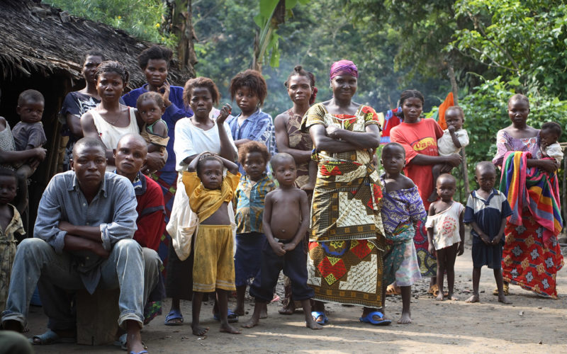 Villagers from Lua Ipeke, where some landowners have signed contracts with the logging company, Sodefor.